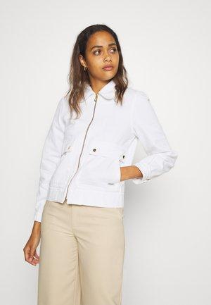 ZIP TRUCKER JACKET WITH FRONT POCKETS - Denim jacket - coconut white