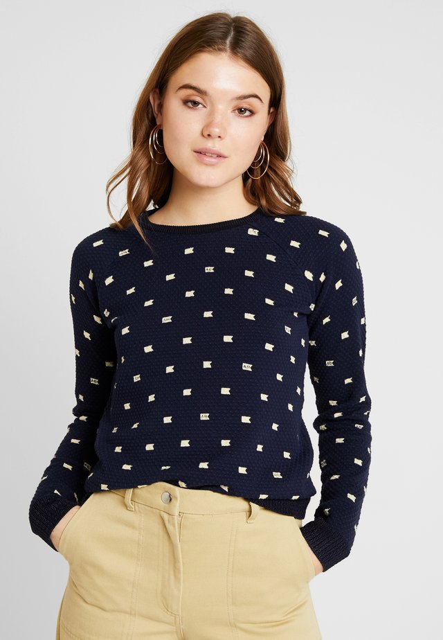 LONG SLEEVE IN VARIOUS ALLOVER PRINT - Trui - combo