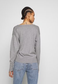 Scotch & Soda - V NECK - Trui - grey melange - 2