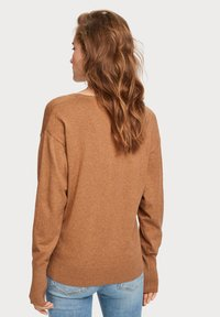 Scotch & Soda - V NECK - Trui - brown melange - 2