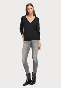 Scotch & Soda - V NECK - Trui - black - 1