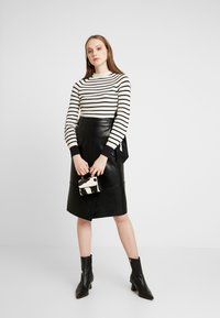Scotch & Soda - SPECIAL STRIPED WITH SHAPED SLEEVES - Trui - combo - 1