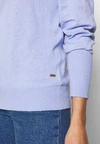 Scotch & Soda - LOOSE WITH NECK - Trui - sky blue - 4
