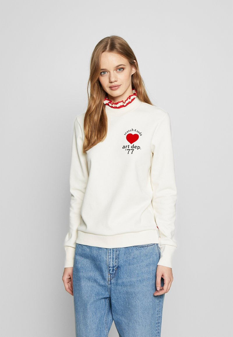 Scotch & Soda - ARTWORKS AND SPECIAL COLLAR - Sweatshirt - off white