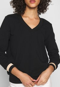 Scotch & Soda - V-NECK  - Sweatshirt - black