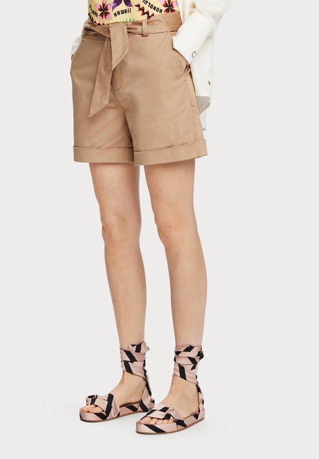 MERZERISIERTE - Shorts - sand