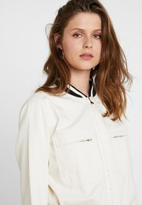 Scotch & Soda - BRUTUS COLAB ALL IN ONE WITH BIG BACK EMBROIDERY - Jumpsuit - ecru - 4