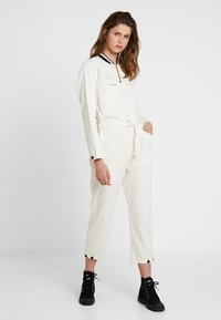 Scotch & Soda - BRUTUS COLAB ALL IN ONE WITH BIG BACK EMBROIDERY - Jumpsuit - ecru - 3