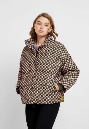 TECHNICAL JACKET IN PRINTS - Chaqueta de invierno - combo