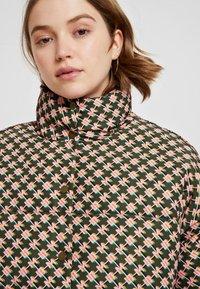 Scotch & Soda - TECHNICAL JACKET IN PRINTS - Winter jacket - combo - 4