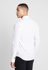 Scotch & Soda - REGULAR FIT CLASSIC ALL-OVER PRINTED SHIRT - Camisa - combo - 2