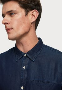 Scotch & Soda - LONG SLEEVE WITH POCHET POCKET - Chemise - dark blue
