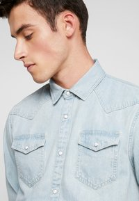 Scotch & Soda - WESTERN IN SEASONAL WASHES - Chemise - bleached indigo - 3