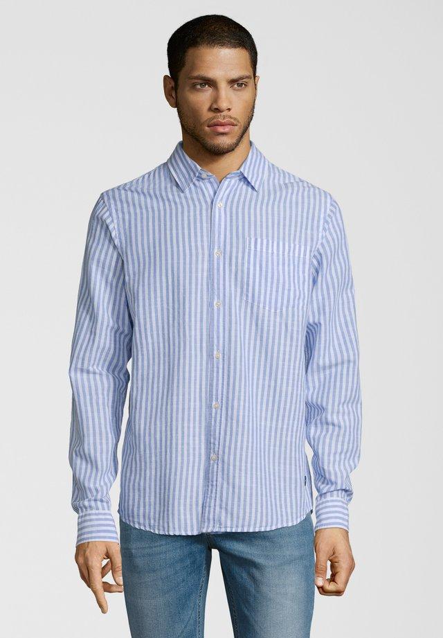 MIT STREIFENMUSTER - Overhemd - weiß/blau