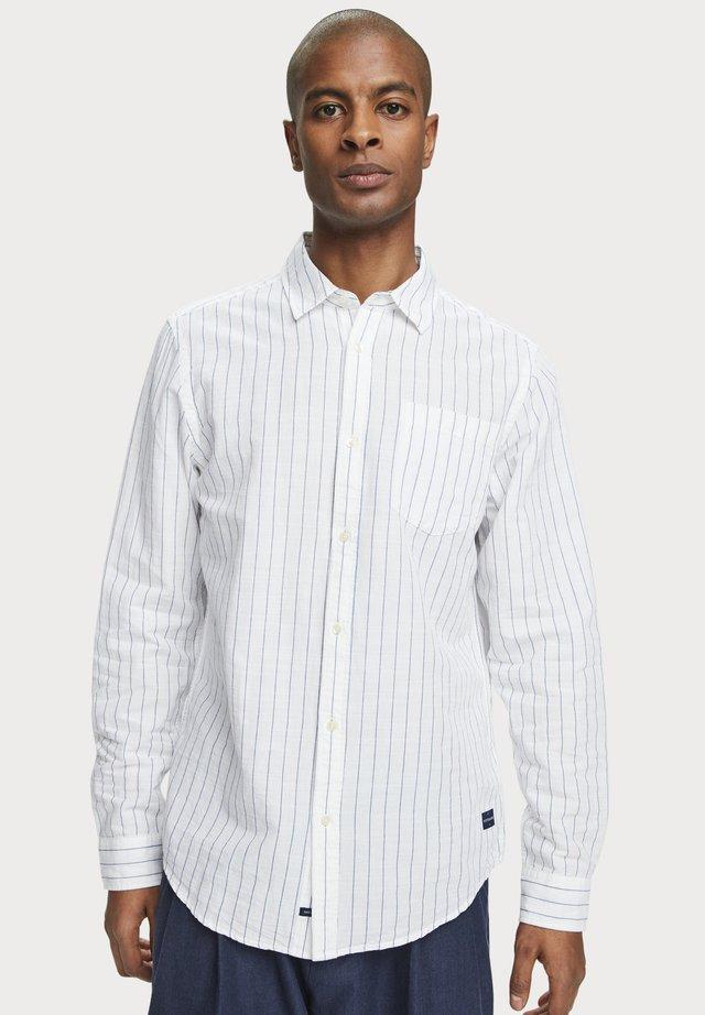 MIT STREIFENMUSTER - Overhemd - combo e
