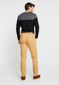 Scotch & Soda - MOTT CLASSIC - Chino kalhoty - sandstone - 2