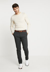 Scotch & Soda - MOTT CLASSIC - Chinos - charcoal
