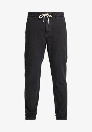 WARREN GARMENT DYED BEACH  - Kalhoty - black