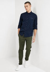 Scotch & Soda - MOTT - Chino kalhoty - military - 1