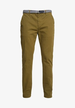 STUART WITH BELT IN STRETCH - Chino kalhoty - military green