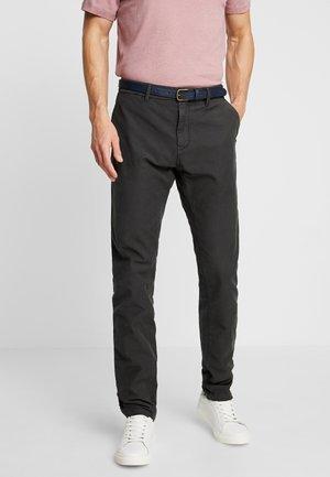 STUART CLASSIC - Pantalones chinos - charcoal