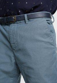 Scotch & Soda - MOTT CLASSIC GARMENT DYED - Chino kalhoty - steel - 3