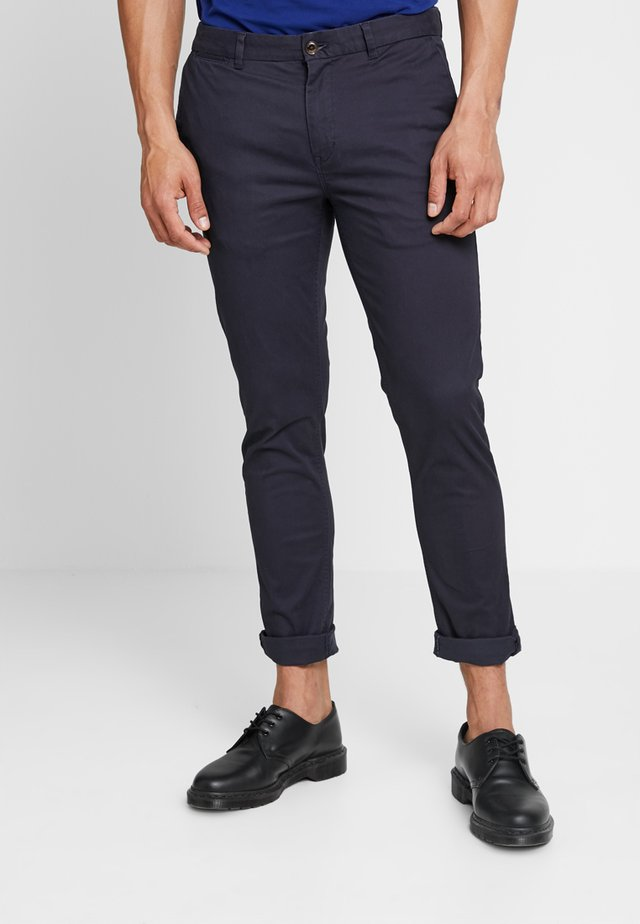 MOTT CLASSIC SLIM FIT - Chino - night