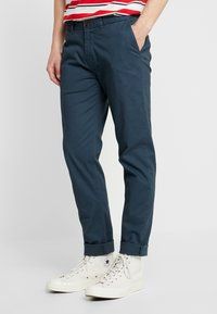 Scotch & Soda - STUART CLASSIC SLIM FIT - Chinot - petrol - 0