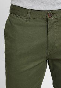 Scotch & Soda - STUART CLASSIC SLIM FIT - Chino - military - 5