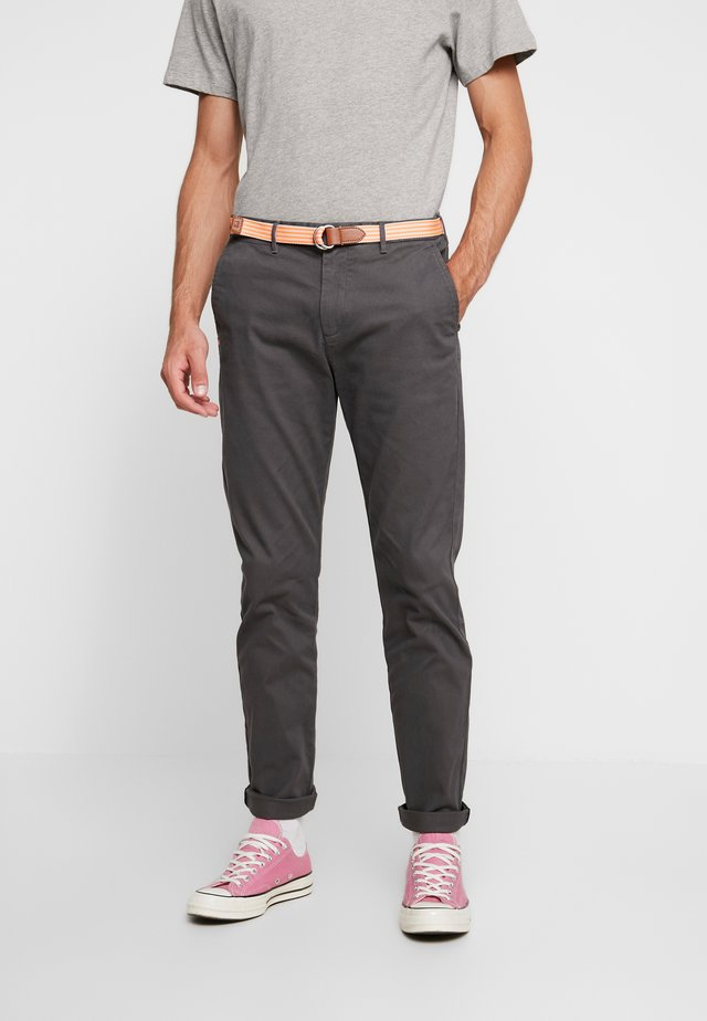 STRETCH STUART WITH BELT - Kangashousut - grey