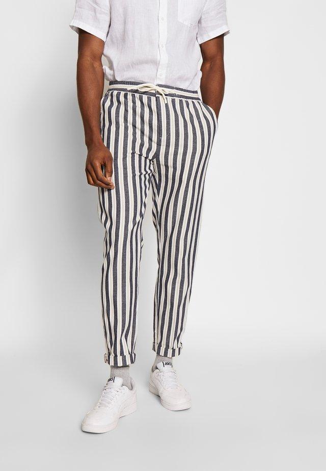 Pantalon classique - combo a