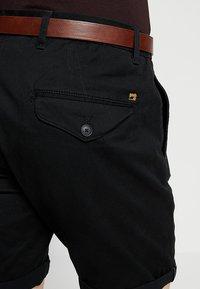 Scotch & Soda - WITH BELT - Shorts - black - 4