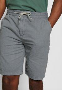 Scotch & Soda - CHIC BEACH - Shorts - grey - 4