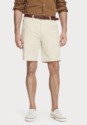 Shorts - raffia