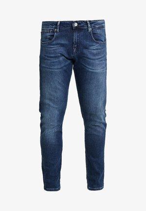 TYE  - Slim fit jeans - dark blue denim