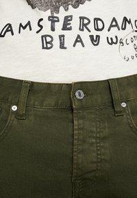 Scotch & Soda - Slim fit jeans - military green - 4