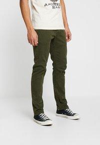 Scotch & Soda - Slim fit jeans - military green - 0