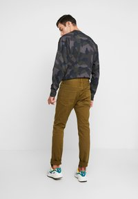 Scotch & Soda - Jeans slim fit - military green - 2