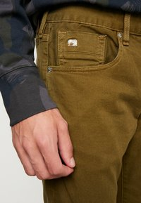 Scotch & Soda - Jeans slim fit - military green - 3