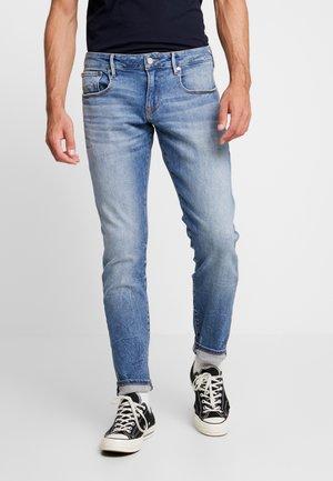 TYE - Slim fit jeans - blauw tale