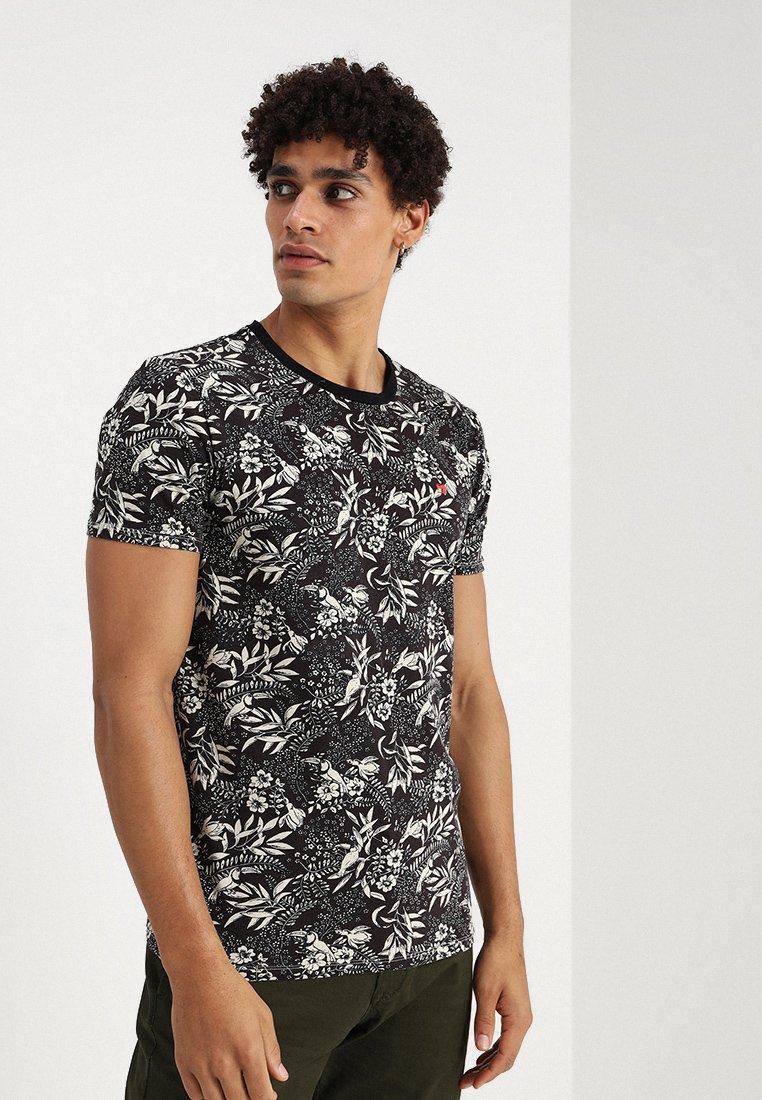 Scotch & Soda - CLASSIC CREWNECK TEE - Print T-shirt - combo