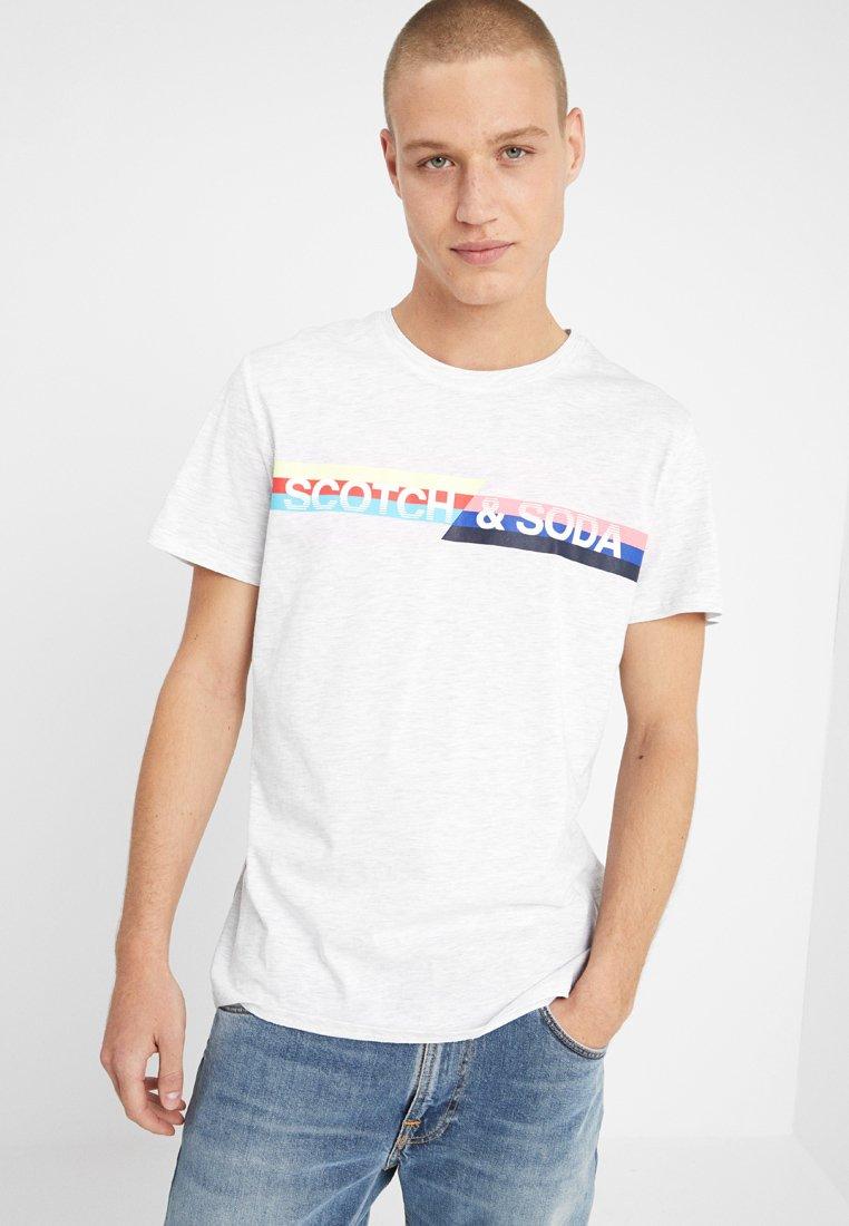 Scotch & Soda - RETRO INSPIRED LOGO ARTWORK TEE - T-Shirt print - light grey melange