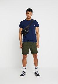 Scotch & Soda - POCKET TEE - T-shirt basic - navy - 1