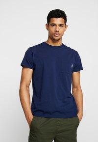 Scotch & Soda - POCKET TEE - T-shirt basic - navy - 0