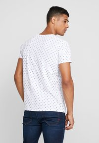 Scotch & Soda - FROM JUMPER AS TEE - T-shirt print - white - 2