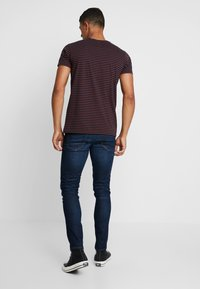 Scotch & Soda - STRIPED TEE  - T-shirt print - dark blue - 2