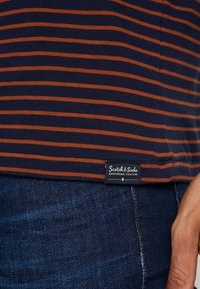 Scotch & Soda - STRIPED TEE  - T-shirt print - dark blue - 5
