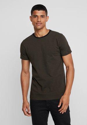 STRIPED TEE  - T-Shirt print - combo
