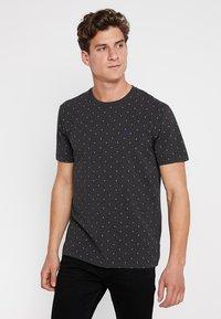 Scotch & Soda - CLASSIC CREWNECK TEE - Print T-shirt - black - 0