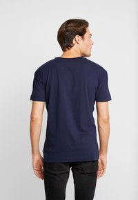 Scotch & Soda - ORGANIC CREWNECK TEE  - T-Shirt print - navy - 2